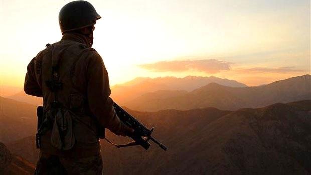 1998-1 Tertip Askerler Silah Altına Alınıyor