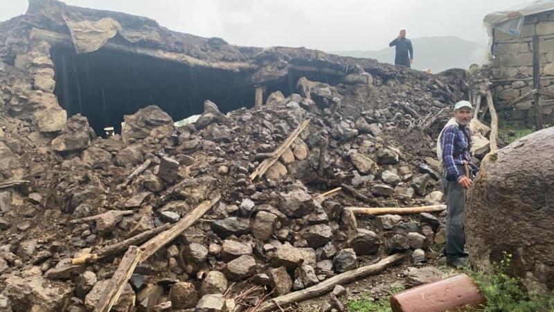 5.7 Şiddetindeki Deprem Korkuttu