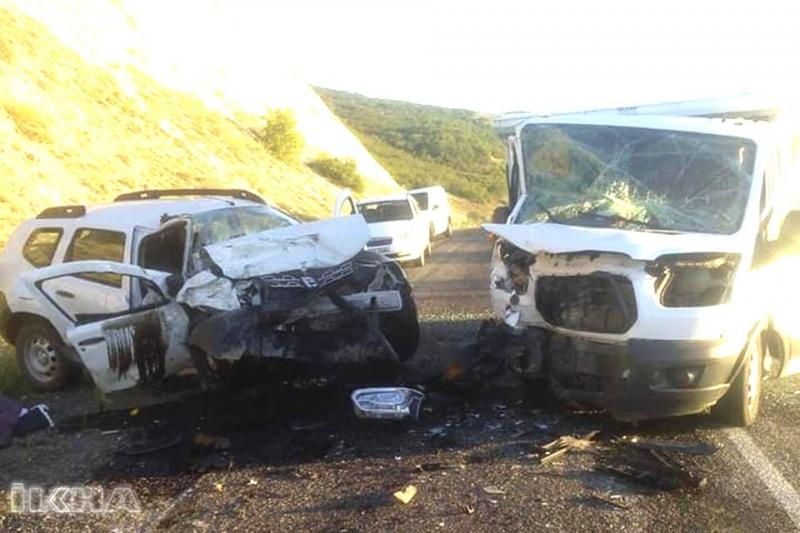 Adaklı'da Trafik Kazası: 2 Ölü, 1 Yaralı