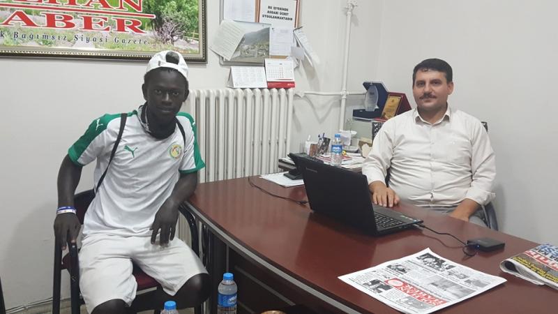 Afrika'dan Selam Getiren Senegalli Mustafa Solhan'da