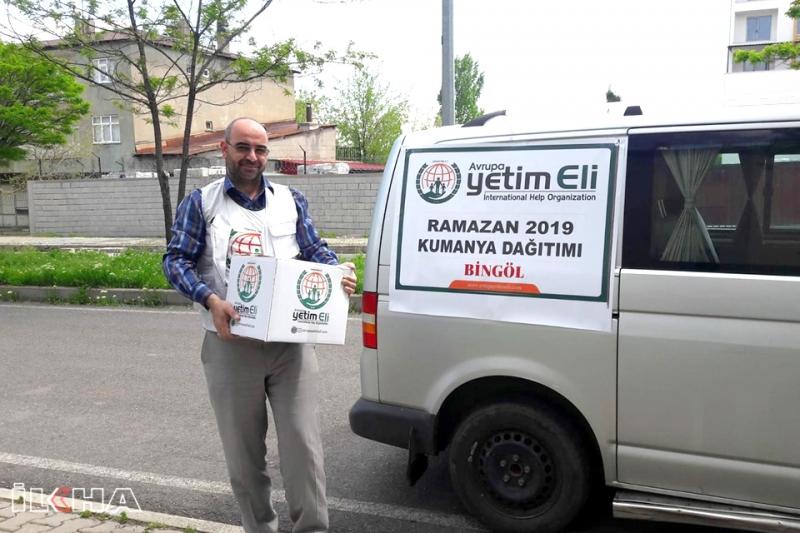 Avrupa Yetim Eli'nden Muhtaçlara Ramazan Yardımı