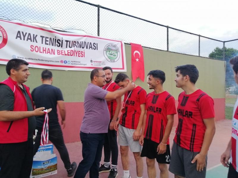 Ayak Tenisi Turnuvası Düzenlendi