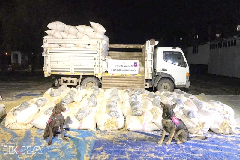 Bingöl'de Yüklü Miktarda Uyuşturucu Ele Geçirildi