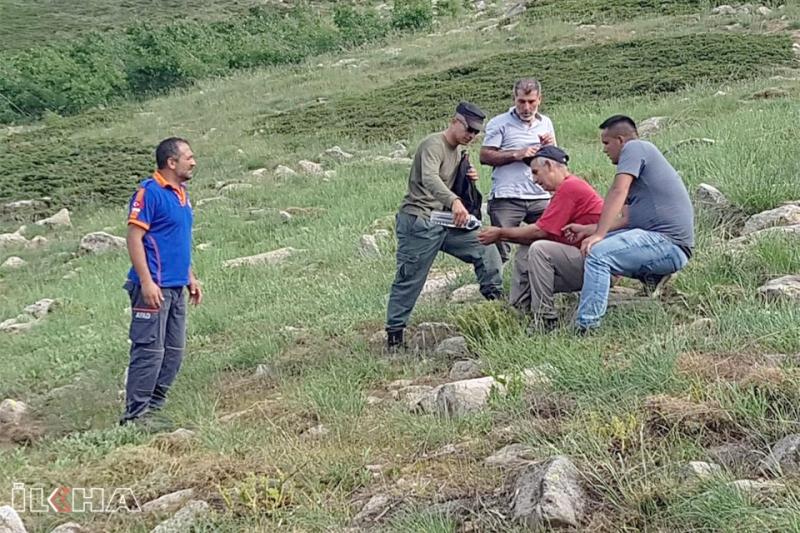 Dağdan Yuvarlanan Şahsı AFAD Ekipleri Kurtardı