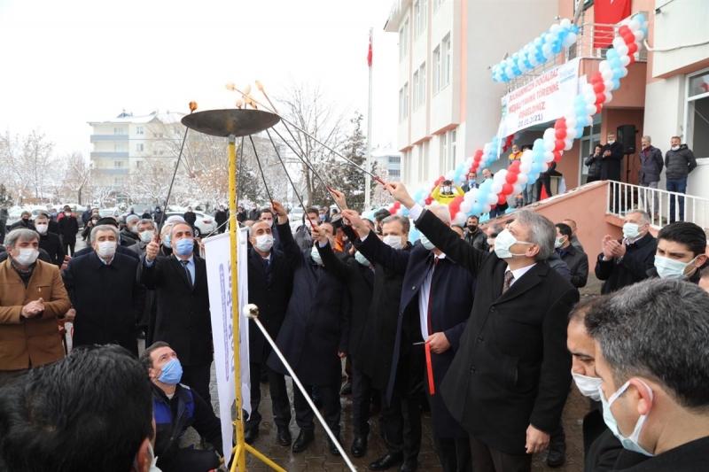 Solhan'da 'Doğalgaz Meşale Yakma Töreni' Yapıldı