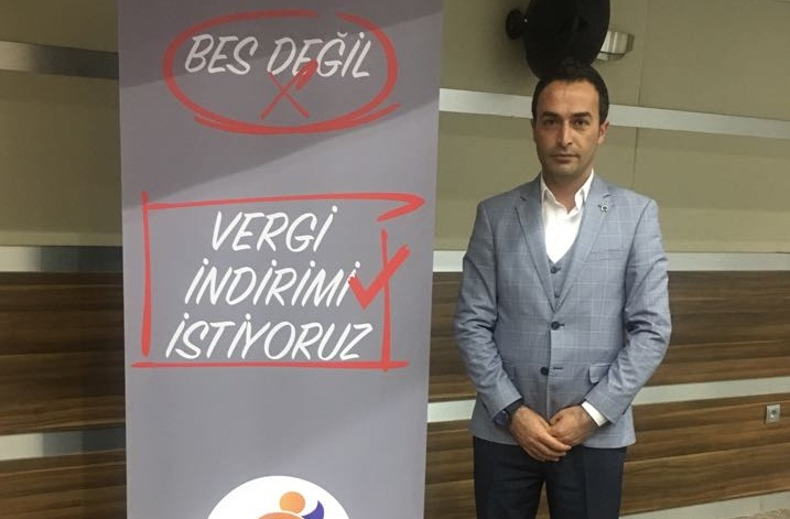 """""""Kamuda Kadrolu Ayrımı Asla Doğru Değildir"""""""