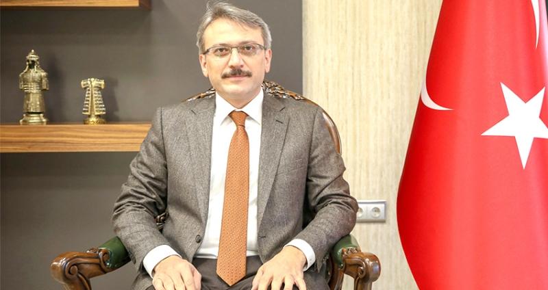 """""""Mehmet Akif, Milletimize Zafer Umudu Aşılamıştır"""""""