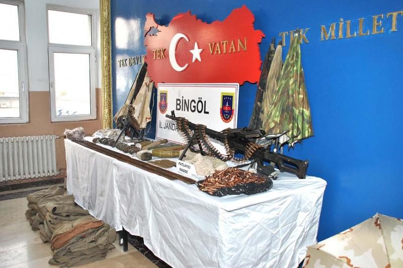 PKK'ye Ait Silah Deposu Ele Geçirildi