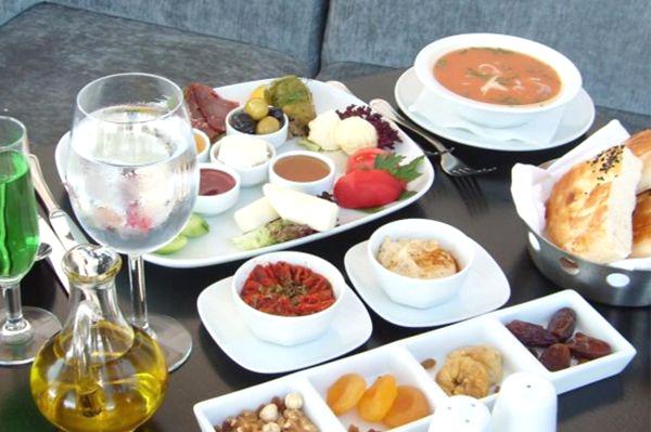 Sağlıklı Bir Ramazan Orucu için 7 Önemli Öneri