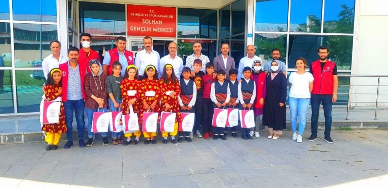 Solhan SHM, Folklor Kursu Öğrencilerini Sevindirdi