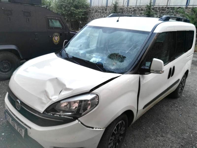 Solhan'da 2 Ayrı Trafik Kazası: 4 Yaralı