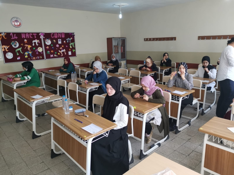 Solhan'da Öğrencilerin LGS Heyecanı