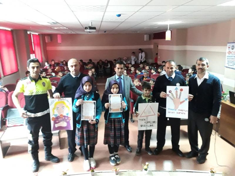 Solhan'da 'Trafik Haftası' Etkinliği
