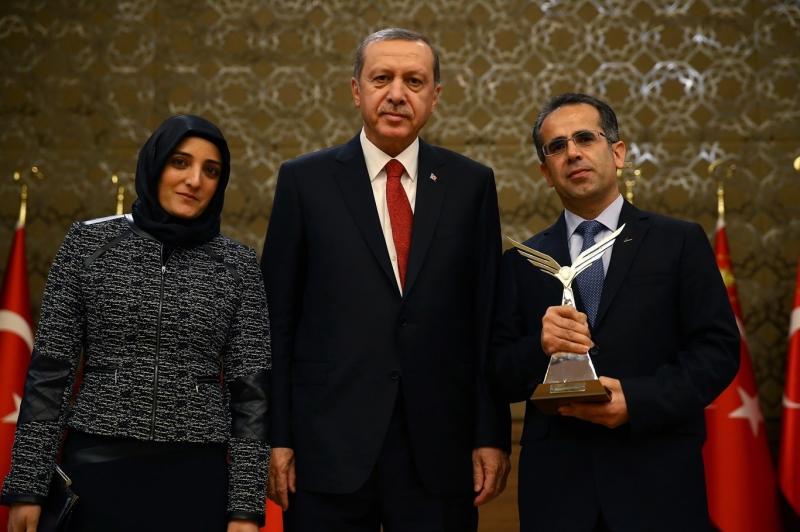 Solmaz'a TÜBİTAK Teşvik Ödülü