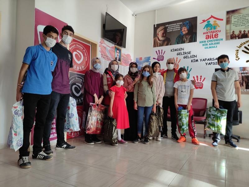 Sosyal Hizmet Merkezinden Öğrencilere Kırtasiye Desteği