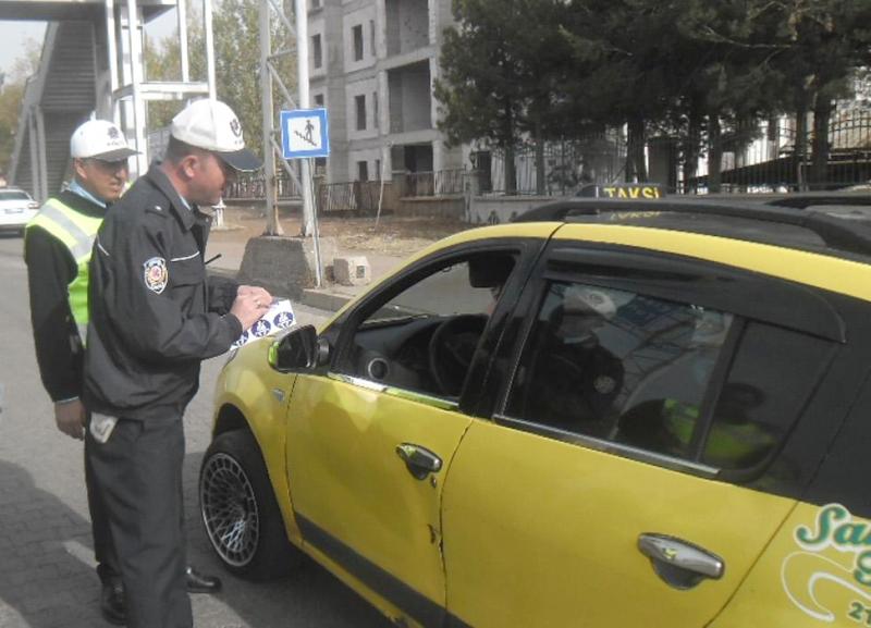 Taksicilere, Emniyet Kemeri Zorunlu Hale Geldi