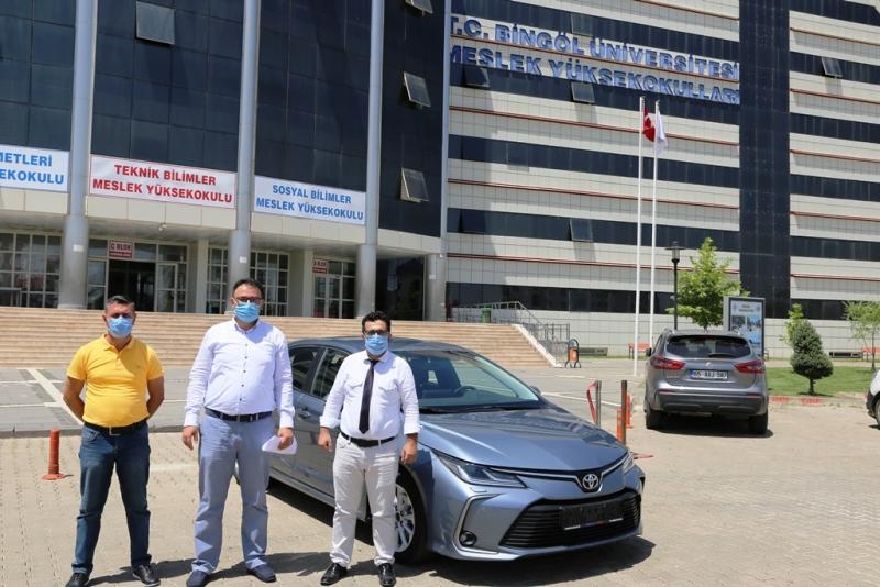 Toyota Bingöl Üniversitesine Araç Hibe Etti