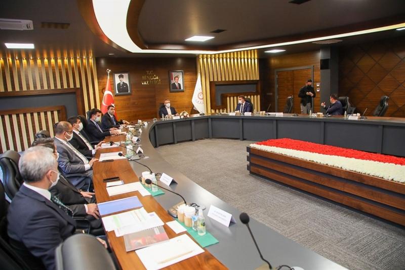 Vali Ekinci Başkanlığında 'Değerlendirme Toplantısı' Yapıldı