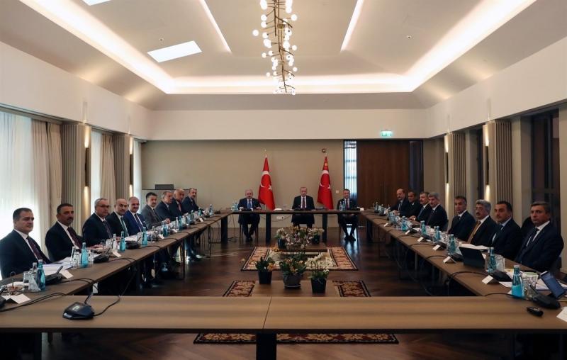 Vali Ekinci Bölge Valileri Toplantısına Katıldı