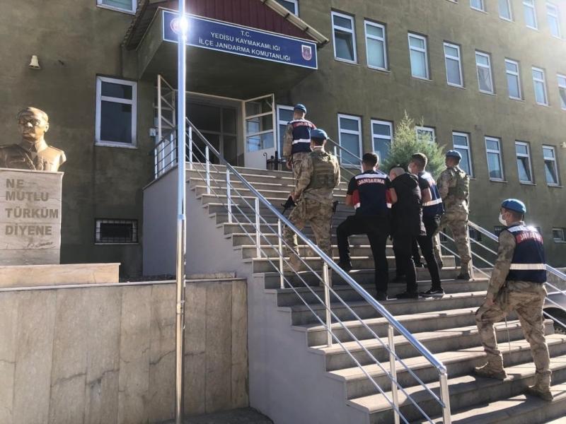 Yedisu'da Aranan Bir Şahıs Çatı Katında Yakalandı