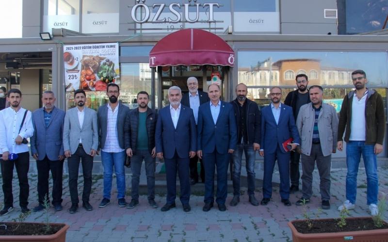 """""""YENİ ANAYASADA DEĞİŞTİRİLEMEZ MADDELER OLMAMALIDIR"""""""