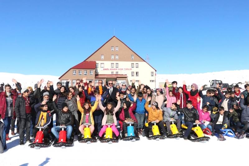 Yetim Öğrenciler için Kayak Etkinliği
