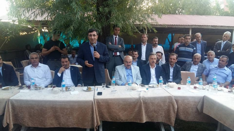 Yılmaz, Solhan'da Vatandaşlarla Bayramlaştı